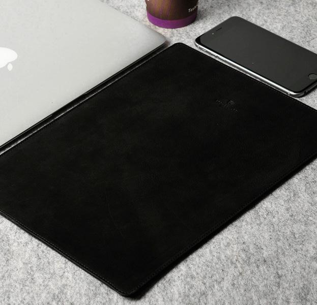 Купить Кожаный чехол для Macbook Pro 15 2016/2017 Stoneguard Black, Черный